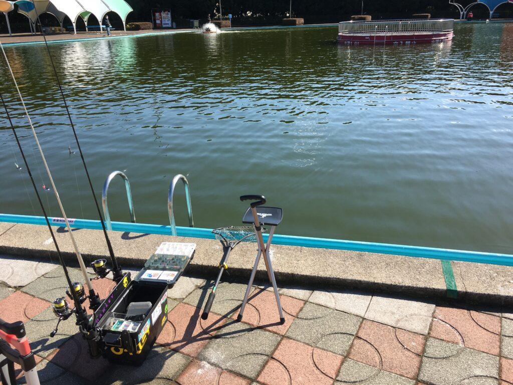 さいたま水上公園 はなさき水上公園 川越水上公園 しらこばと水上公園 プールフィッシング 西武園 大型変型プール 初心者 縦釣り バベルエース ネオスタイル フェザージグ ノア 村田基 貧乏釣り部五時レンジャー